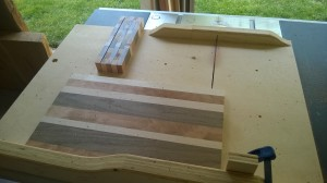 Crosscutting the edge grain