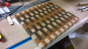 16-end-grain-board-post-varnishing